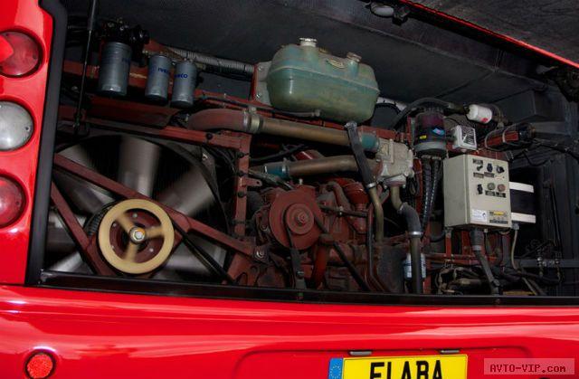 автобус Шумахера и Баррикелло
