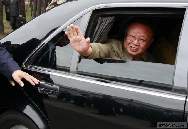 Ким Чен Ир - культ личности и Мерседесов