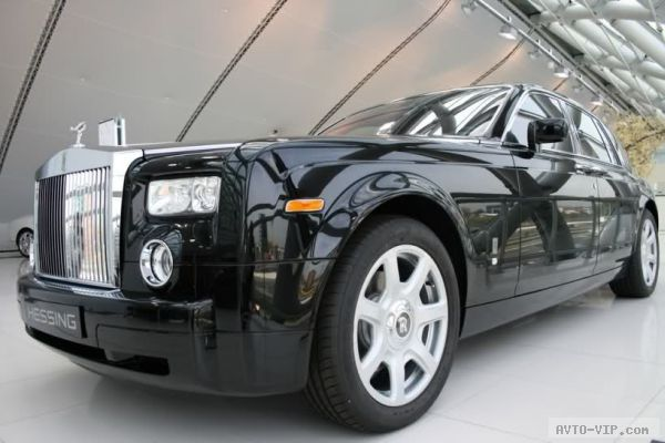 Hip Hop Star 50 Cent's Black Rolls Royce Phantom