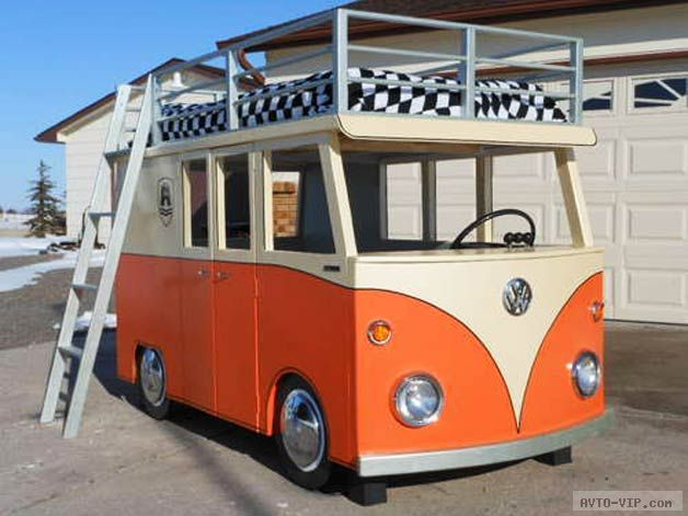 самодельная автомобильная кровать и домик