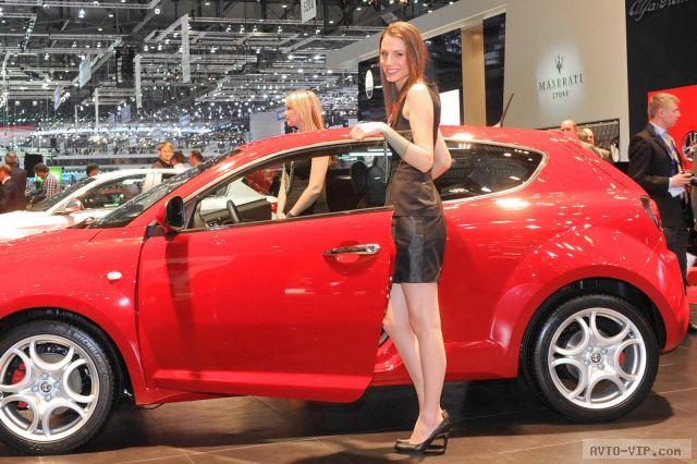 Самые красивые девушки Женевского автосалона 2012