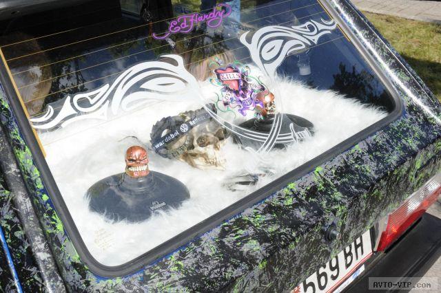 Автомобильный фестиваль на озере Вертерзее (фото)