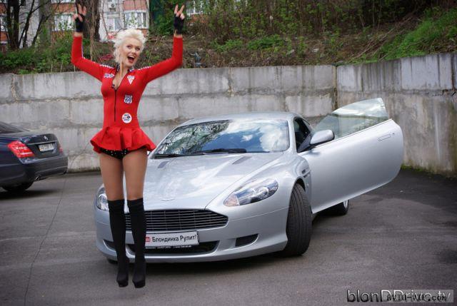 Блондинка рулит - девушка и автомобили