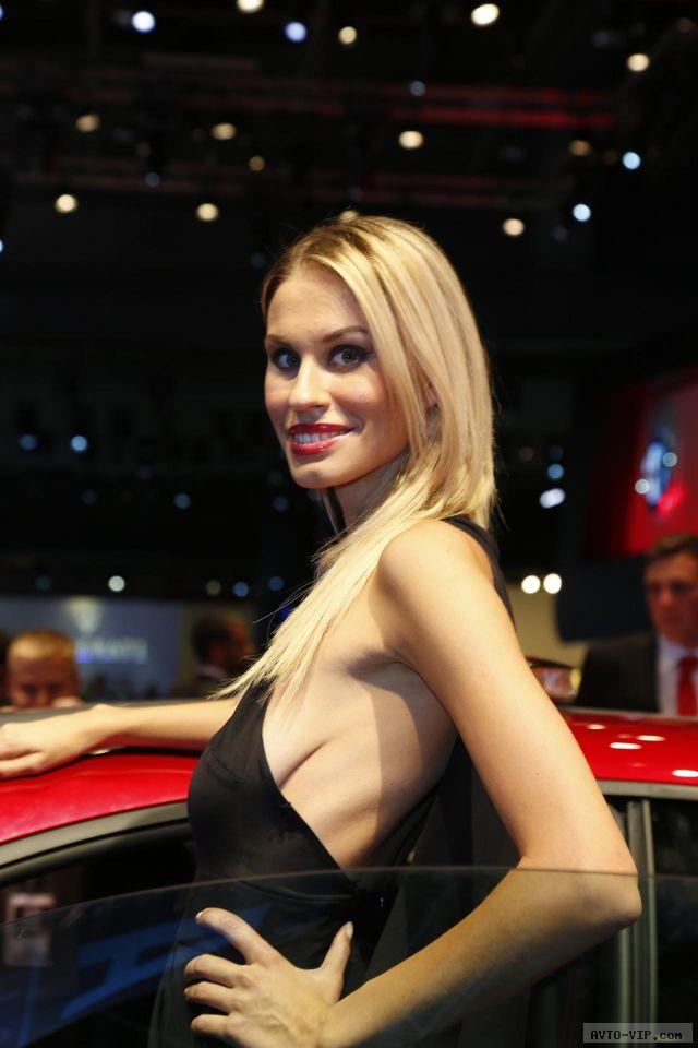 2012 Париж девушки автомобили фото