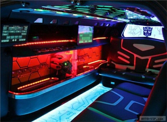Лимузин Бамблби из Трансформеров