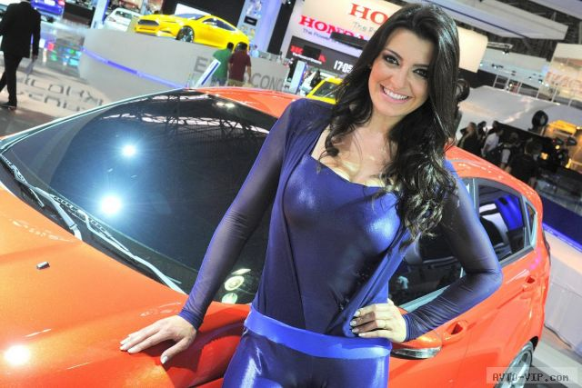 Бразильские красавицы на автошоу в Сан-Паулу avto-vip.com