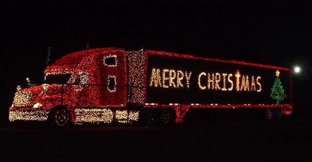 Рождественские грузовики