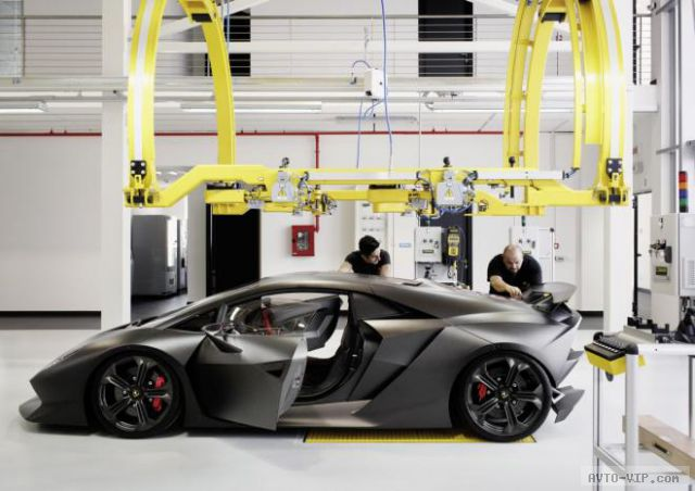 Lamborghini Sesto Elemento детали серийной версии появляются