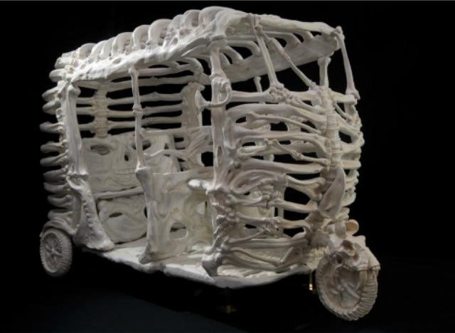 автомобильные кости