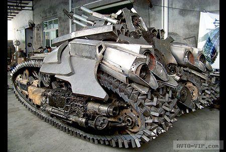 Мегатрон танк Трансформеры