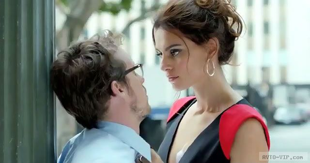 FIAT 500 Abarth видео реклама Catrinel Menghia