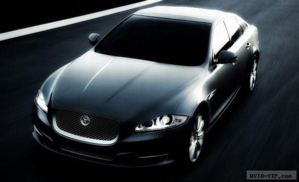 2011 Jaguar XJ Страж