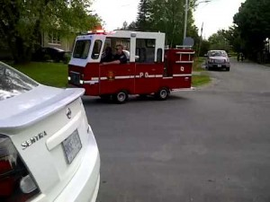 Самая маленькая пожарная машина в мире