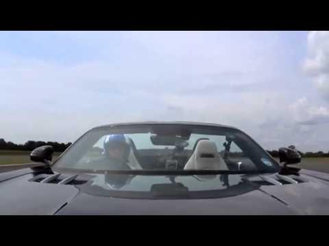 Быстрый как мячик для гольфа Mercedes SLS AMG Roadster
