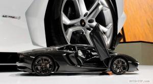 Драгоценная масштабная модель Lamborghini Aventador