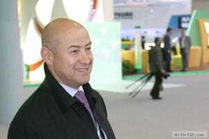 Владельцем компании производителя электрокаров стал российский олигарх