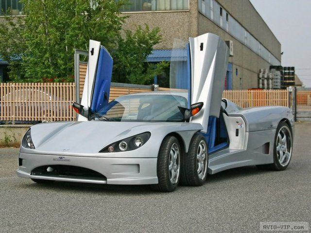 Шестиколесный суперкар Covini C3A