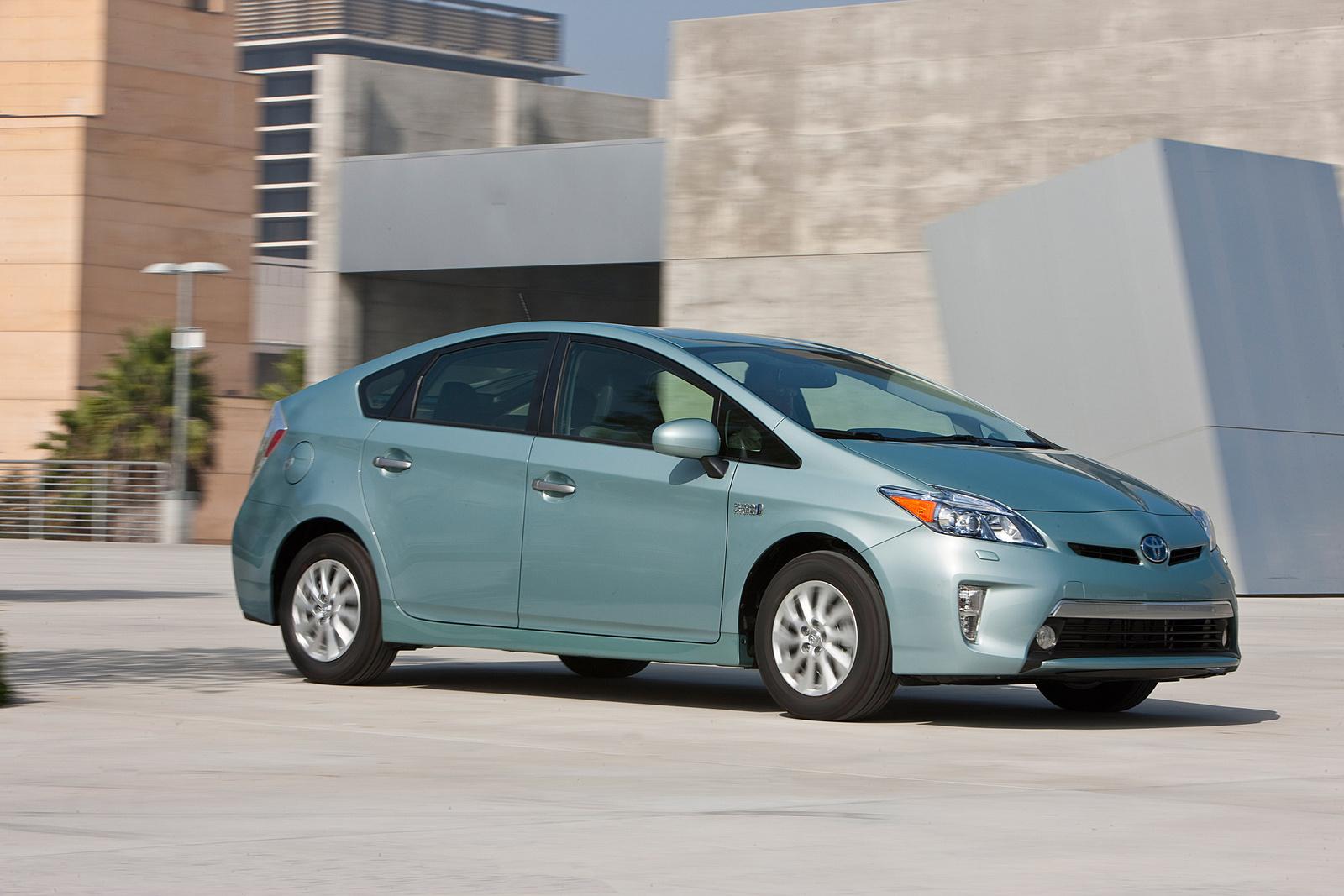 Prius выводит корпорацию Тойота в лидеры