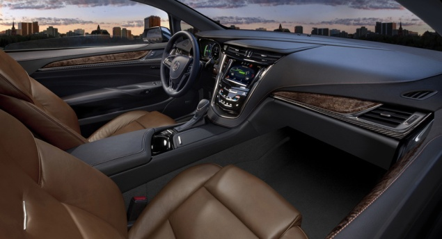 Гибридный автомобиль Cadillac ELR