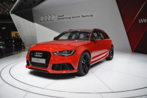 Новый спортивный универсал Audi RS6 Avant 2014
