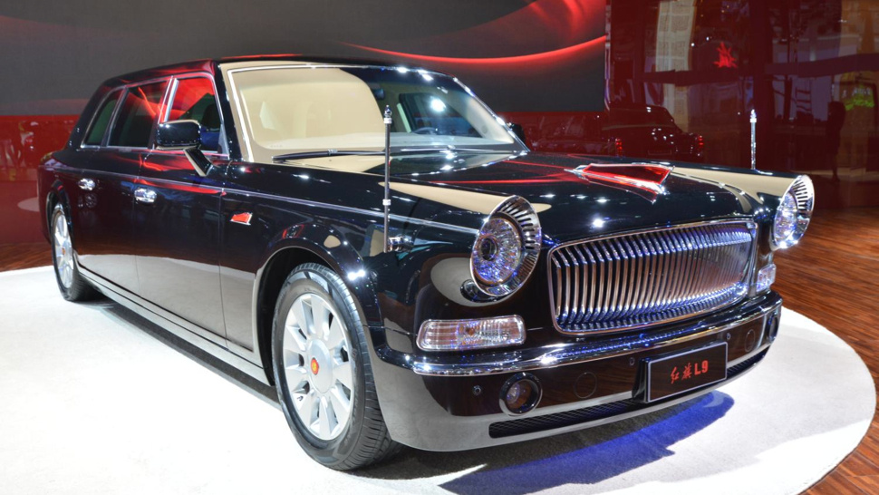 Люксовые седаны от китайской компании Hongqi