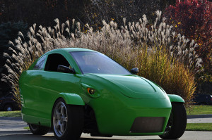 Трехколесный автомобиль Elio