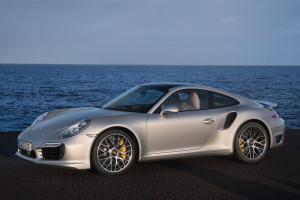 Новые спорткары Porsche 911 Turbo и 911 Turbo S