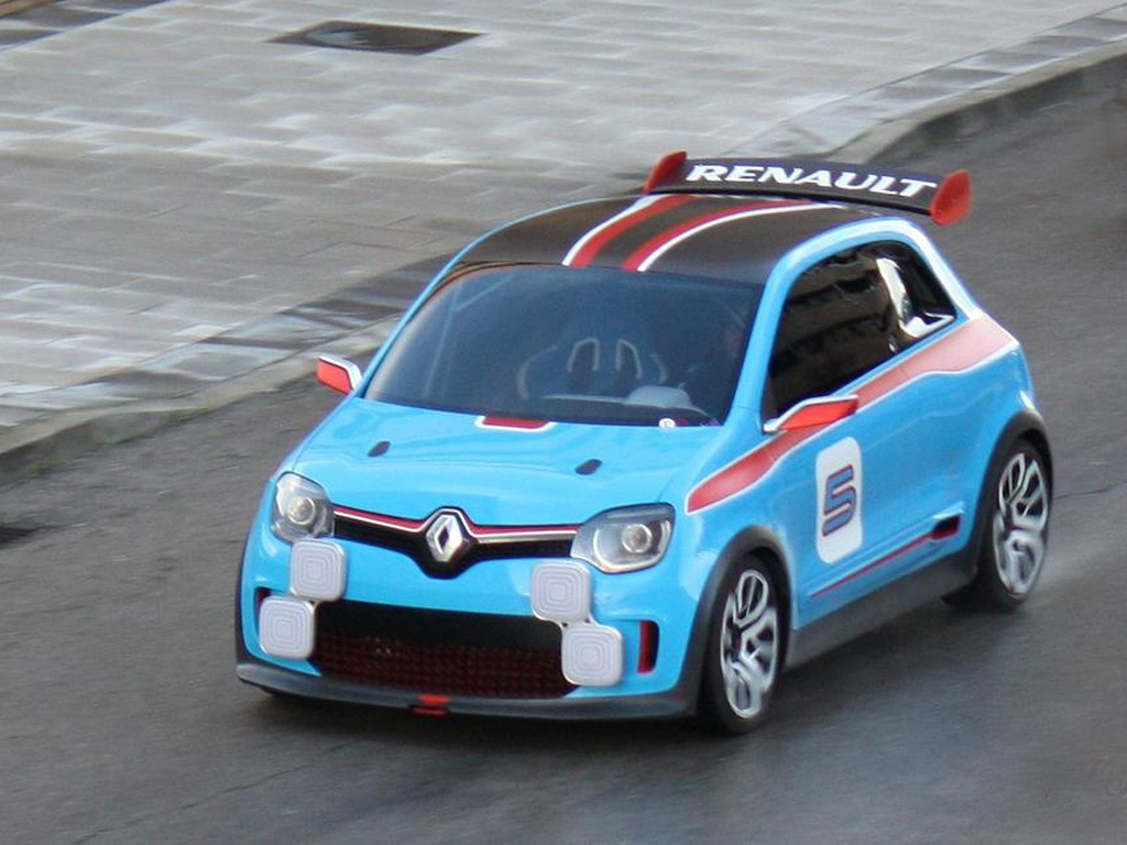 Шустрый концепт Renault Twin'Run