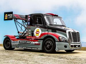Гоночный грузовик Freightliner Cascadia
