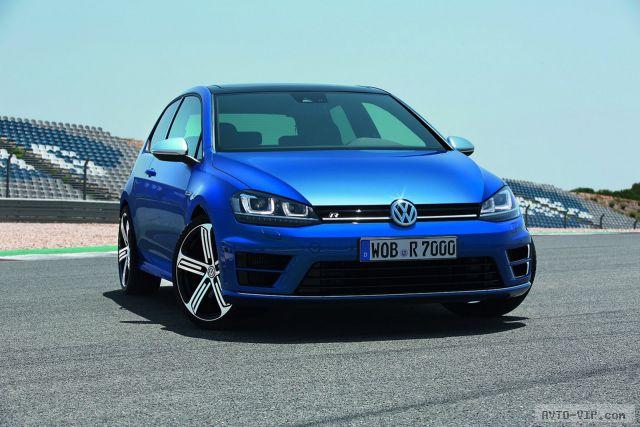 Новый спортивный хэтчбек VW Golf R