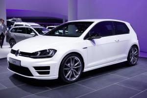 Мощный и экономичный VW Golf R