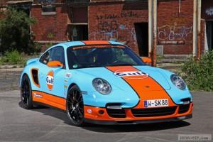 Оформленный в ретро-стиле 911 Turbo