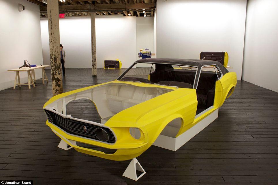 Бумажный Форд Мустанг в натуральную величину