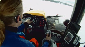Зимняя уборка снега по-норвежски (видео)